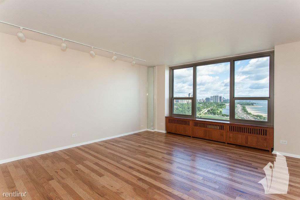 1550 N Lake Shore Dr Apt 21E